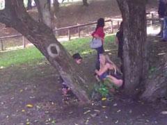 Girls pissen auf dem Oktoberfest