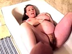 Auf schwangere Fotze gepisst
